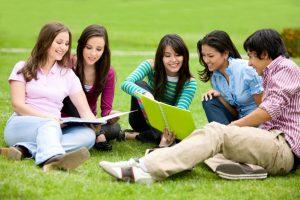 Sinh viên nước ngoài bắt đầu khởi nghiệp từ năm thứ 2