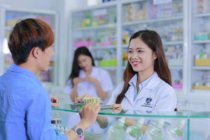 Mùa tuyển sinh mới của trường cao đẳng dược Hà Nội.
