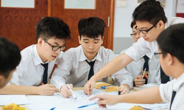 Tư vấn định hướng nghề nghiệp cho học sinh lớp 12