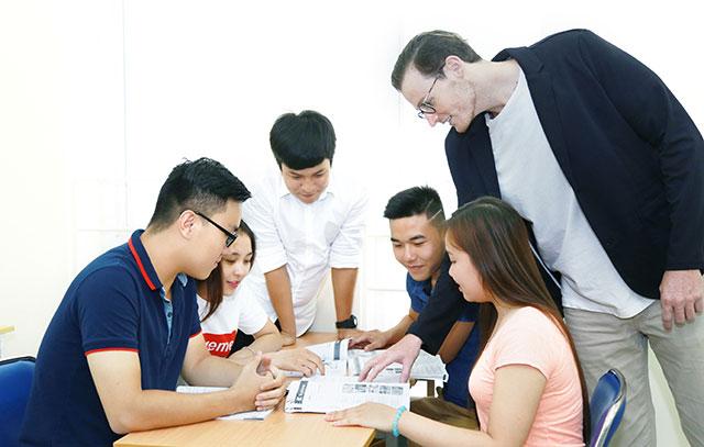 Ngành Ngôn ngữ Anh được chia ra làm 3 chuyên ngành chính